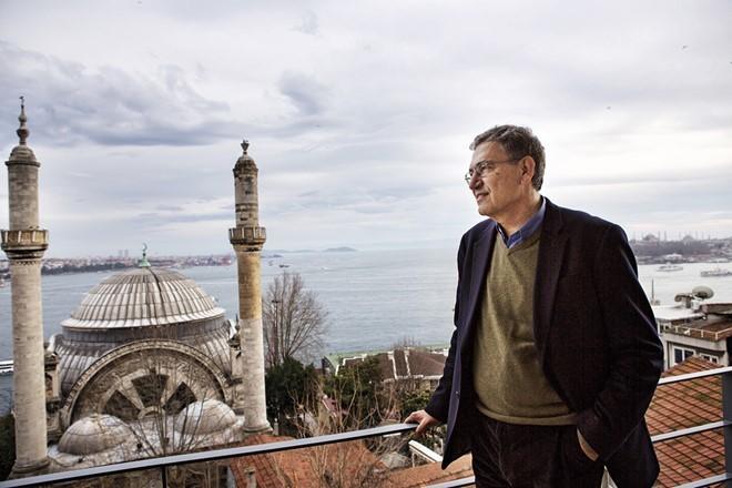 Orhan Pamuk, Istanbul,  Istanbul Hồi ức và Thành phố