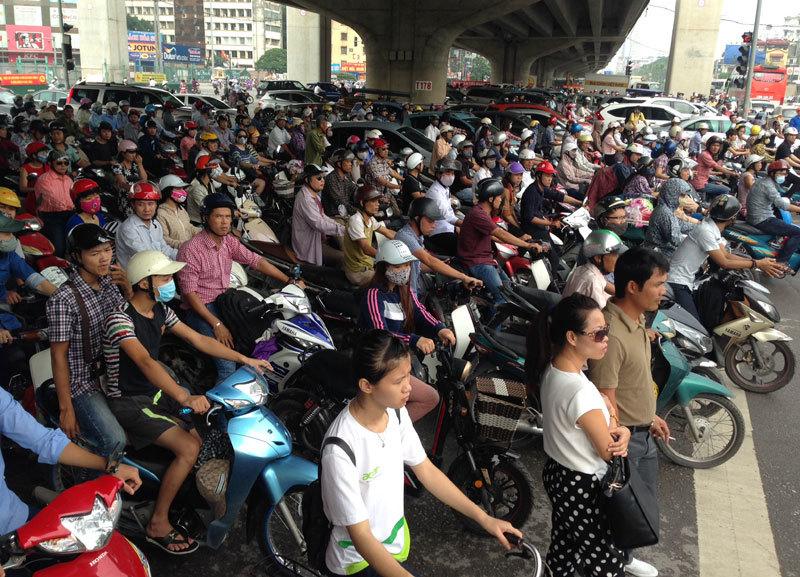 cấm xe máy, vận tải, hành khách công cộng. Hà Nội