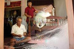 Tăng hỗ trợ ngư dân miền Trung ảnh hưởng cá chết