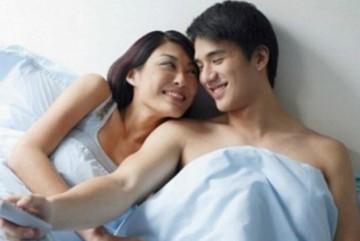 """Lần đi nhà nghỉ """"đổi gió"""" nhớ đời của một cặp vợ chồng"""
