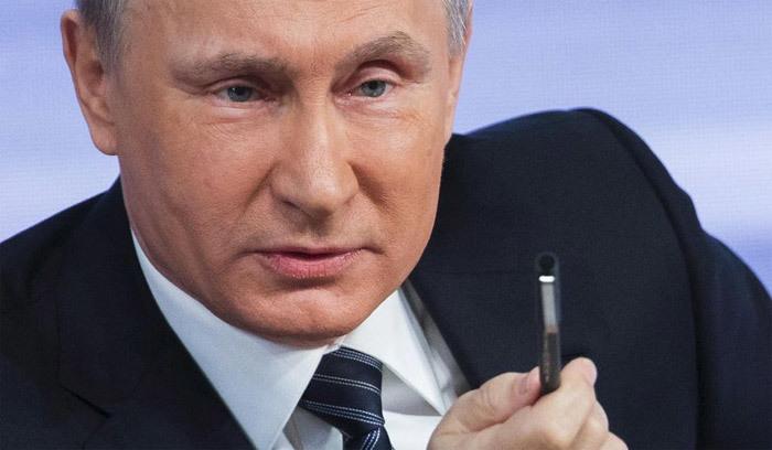 Hillary, Putin, email, hacker, tin tặc, tình báo, thông tin mật, bê bối, Mỹ, Nga