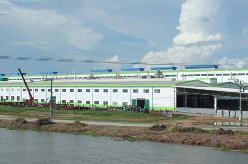 Thanh tra nhà máy giấy nghi 'bức tử' sông Hậu