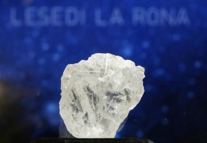 Viên kim cương hơn 2,5 tỷ tuổi bị trả giá thấp