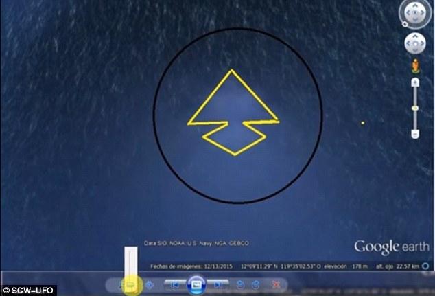 kim tự tháp khổng lồ