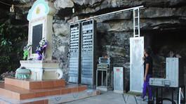Lễ tưởng niệm cán bộ, chiến sĩ hy sinh tại hang Lèn Hà