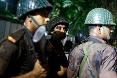 Đấu súng tại khu ngoại giao ở thủ đô Bangladesh