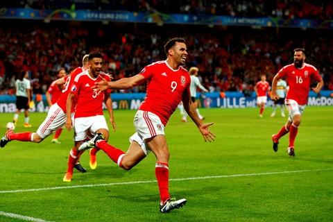 Video bàn thắng Bỉ 1-3 Xứ Wales