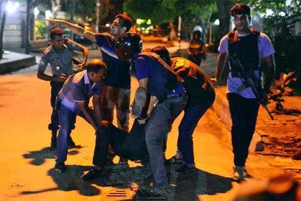 Vụ đấu súng táo tợn khiến dân Bangladesh sốc, 28 người chết