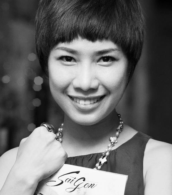 'Đánh ghế' dạy con và tư duy sai lầm của mẹ Việt