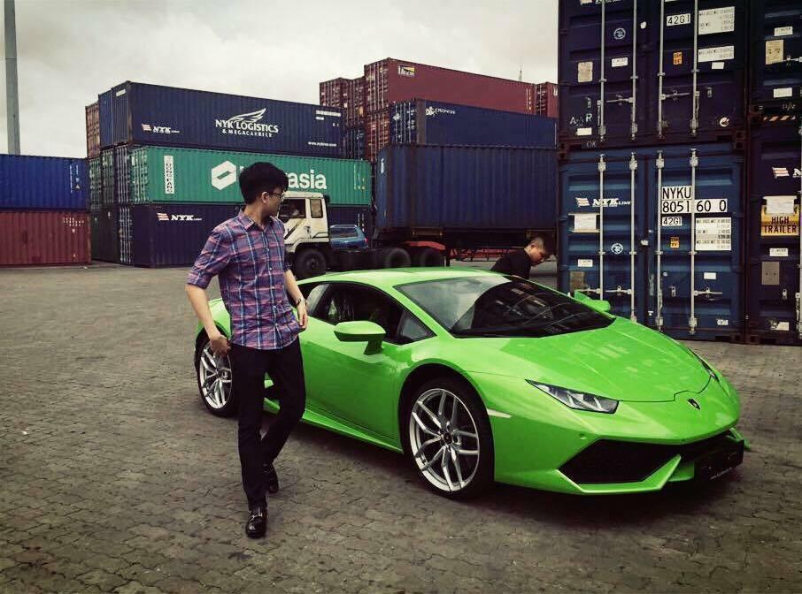 Dàn siêu xe hoành tráng Phan Thành đang sở hữu