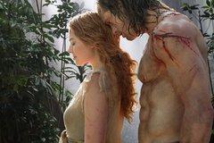 Mỹ nam phim Tarzan bị thương vì đóng cảnh nóng