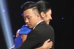 Trấn Thành 'phát cuồng' vì bản sao Hoa hậu Nguyễn Thị Huyền