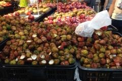 Hình ảnh khó tin của một số người Việt tại siêu thị
