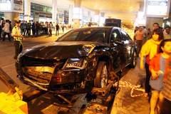 Hàng loạt siêu xe bạc tỷ gây tai nạn kinh hoàng