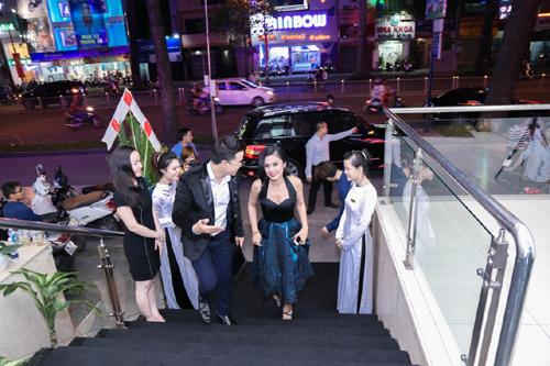 Bí quyết làm đẹp của CEO Dencos Luxury