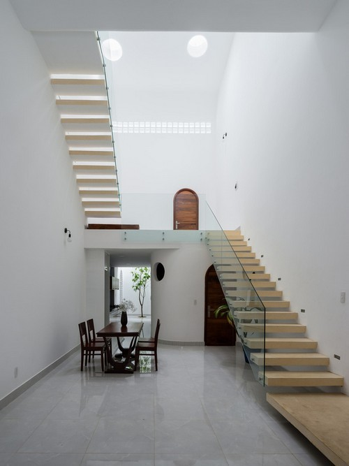 'Nhà trong nhà' - Ngôi nhà đẹp từ cái nhìn đầu tiên có 3 thế hệ cùng chung sống ở Bình Dương