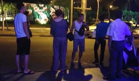 Đề nghị Trung Quốc xử nghiêm du khách đốt tiền Việt Nam