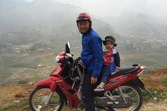 Hành trình 'phượt' từ 4 tháng của bé trai ở Sài Gòn
