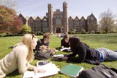 Du học sinh kể chuyện ở đất nước sinh viên không cần đến trường