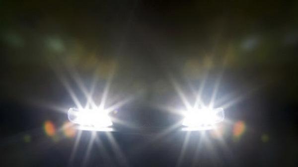 Bí quyết lái xe an toàn vào buổi tối
