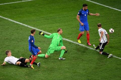 Video bàn thắng Pháp 2-0 Đức