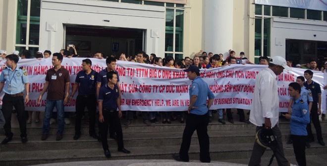 Náo loạn chưa từng có tại siêu thị Big C lớn nhất Đà Nẵng