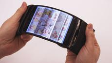 Smartphone uốn cong sẽ tới tay người dùng năm tới