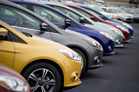 Giá ô tô giảm tận hàng trăm triệu đồng, xả hàng mạnh sau thuế TTĐB 2