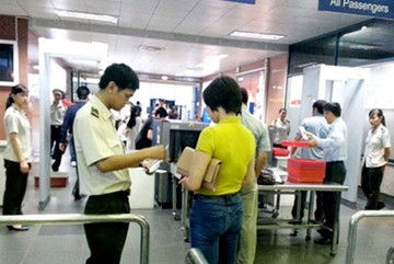 Phạt nữ hành khách 7,5 triệu do đi máy bay bằng giấy tờ giả