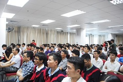 Người Việt trẻ bỏ 'bệnh ngôi sao' để khởi nghiệp thành công