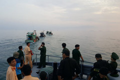 Khởi tố 7 người bắt giữ công an, bộ đội trên biển