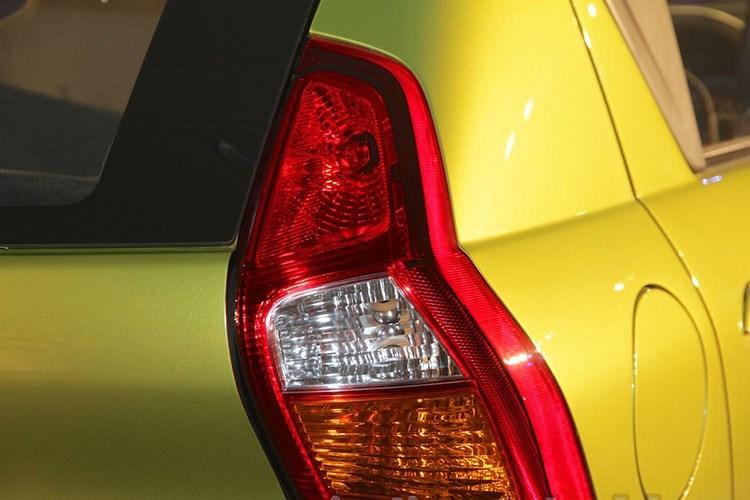 Xe ô tô Nissan Datsun Redi-Go giá chỉ 80 triệu VNĐ, vừa ra mắt đã cháy hàng 7