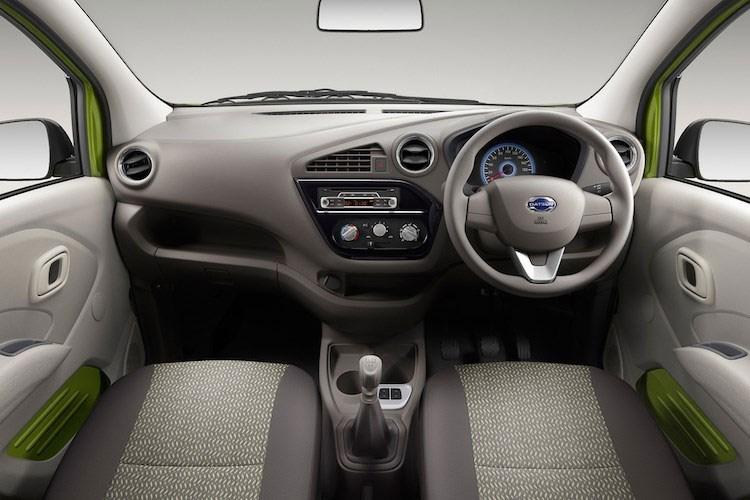 Xe ô tô Nissan Datsun Redi-Go giá chỉ 80 triệu VNĐ, vừa ra mắt đã cháy hàng 8
