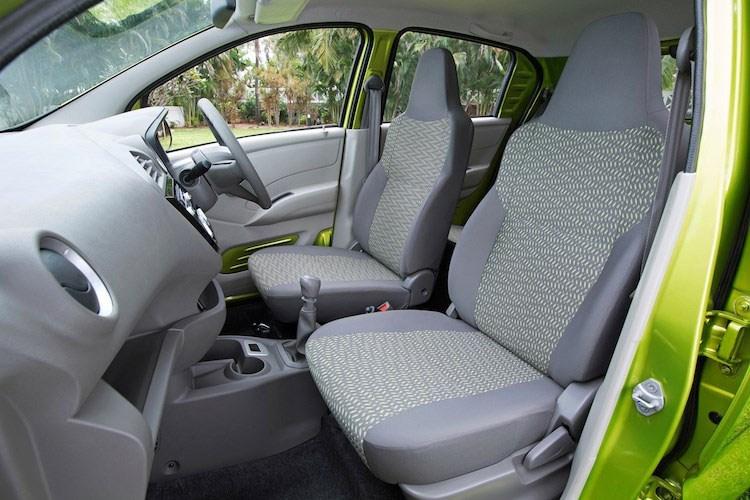 Xe ô tô Nissan Datsun Redi-Go giá chỉ 80 triệu VNĐ, vừa ra mắt đã cháy hàng 9