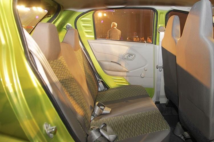 Xe ô tô Nissan Datsun Redi-Go giá chỉ 80 triệu VNĐ, vừa ra mắt đã cháy hàng 10