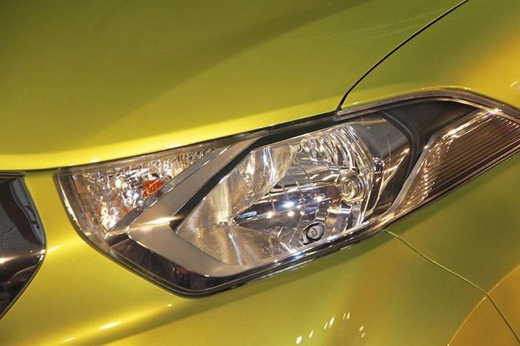 Xe ô tô Nissan Datsun Redi-Go giá chỉ 80 triệu VNĐ, vừa ra mắt đã cháy hàng 2