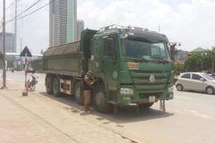 Hà Nội: Đuổi bắt xe tải đâm chết người bỏ chạy