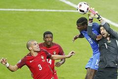 Chấm điểm chung kết EURO: Pepe hay nhất!