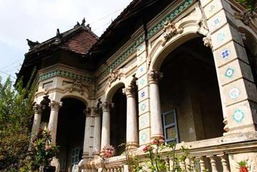 Số phận bi hài của biệt thự cổ 100 tuổi ở TP.HCM