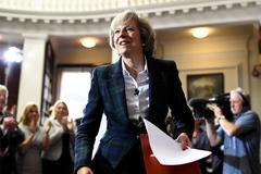 Bà Theresa May làm tân Thủ tướng Anh