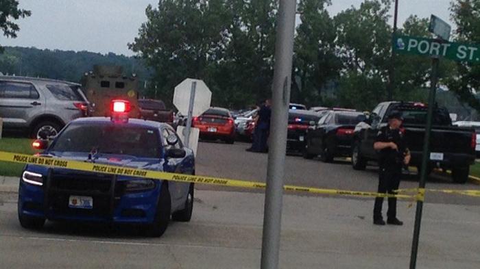 Phạm nhân xả súng ở tòa án Mỹ, 3 người chết