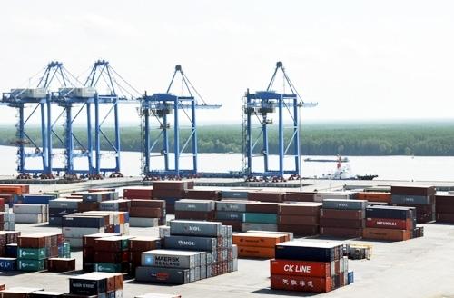 Thiếu đường: DN tắc đầu ra, cảng thiếu hàng