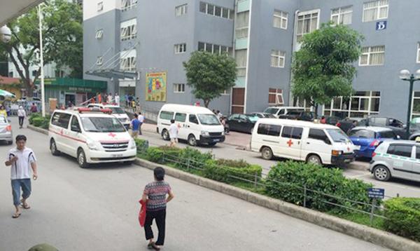 xe cấp cứu, bảo kê ở bệnh viện, bộ trưởng y tế, nguyễn thị kim tiến, chặn xe cấp cứu