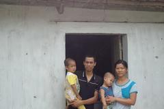 Gia đình có hai con trai mắc bệnh hiểm nghèo cầu cứu