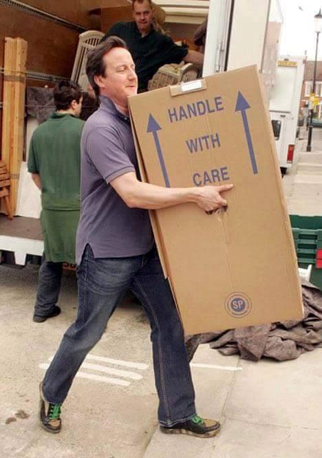 Thủ tướng Anh, cựu Thủ tướng Anh, David Cameron, David Cameron từ chức