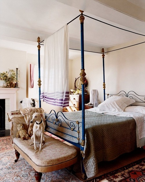 20160713150424 mau giuong1 Ngỡ ngàng những mẫu giường Canopy khiến ai cũng ao ước được sở hữu