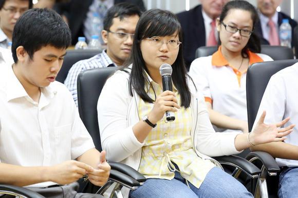 Báo Nhật bàn chuyện thất nghiệp của cử nhân VN