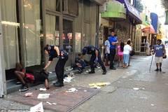 Hàng chục người bỗng dưng bất tỉnh giữa New York