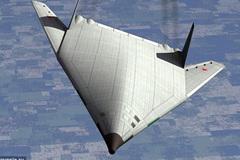 Nga hé lộ máy bay ném bom siêu thanh 'hàng khủng'