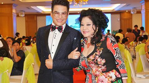 Thanh Bạch làm đám cưới ở tuổi 57